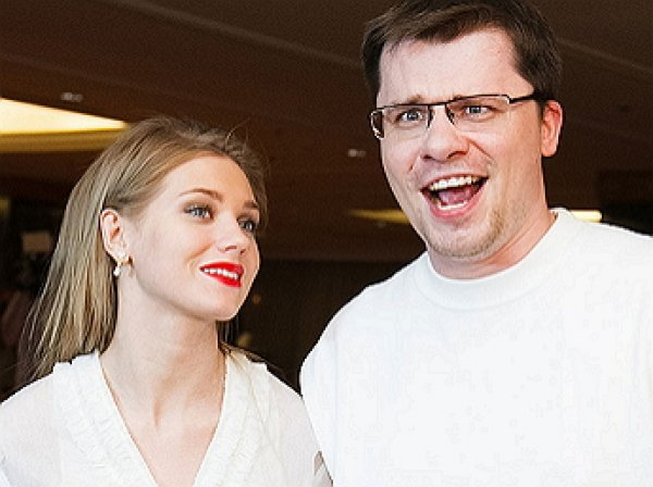 """""""Хватит уже"""": Кристина Асмус сделала экстренное заявление о разводе с Гариком Харламовым"""