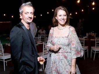 СМИ узнали, кого пригласили на свадьбу Богомолова и Собчак