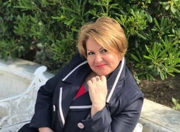"""Ульяновская чиновница """"в шоколаде"""" покаялась за фото в соцсети"""