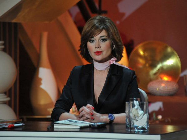 """""""Друг семьи"""" Заворотнюк заявил, что умирающая актриса выступит на ток-шоу за 200 млн рублей"""
