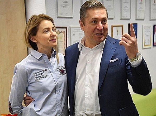 «Мной нельзя управлять»: Поклонская подтвердила развод с Соловьевым