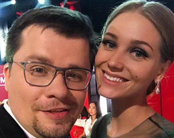 СМИ сообщили о разрыве Кристины Асмус и Гарика Харламова