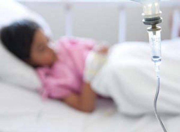 В Уфе 5 детей и 10 взрослых попали в больницу с тяжелым отравлением шаурмой