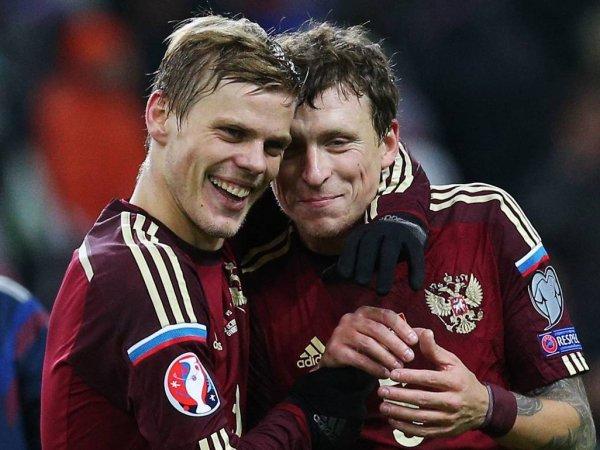 СМИ: Кокорина и Мамаева досрочно выпустили из колонии