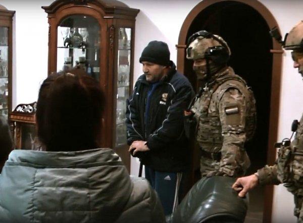Жесткое задержание вора в законе Кости Канского попало на видео