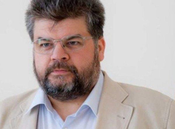 Соратника Зеленского уличили в переписке с проституткой