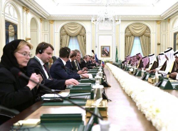 СМИ рассказали, как министр Скворцова и чиновники РФ лебезили перед арабскими шейхами (ФОТО)