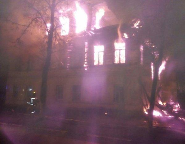 """""""Взял зажигалку и пошел"""": в Ростове от рук поджигателя заживо сгорели 7 человек, в том числе пять детей"""