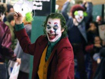 Звезда Джокера Хоакин Феникс не попал в число номинантов на Оскар