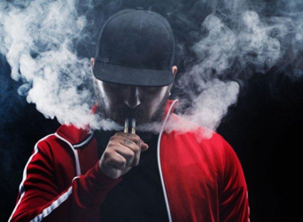Медики назвали новое заболевание курильщиков
