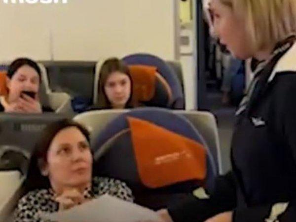 Актриса-дебоширка Вележева оправдалась за пьяный скандал на борту самолета