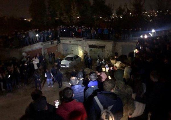 Лиза Киселева из Саратова найдена: убийцу девочки спасли от самосуда, переодев в омоновца (ФОТО, ВИДЕО)