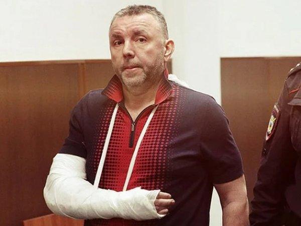 СМИ: полковник-миллиардер Черкалин получал взятки прямо в здании на Лубянке