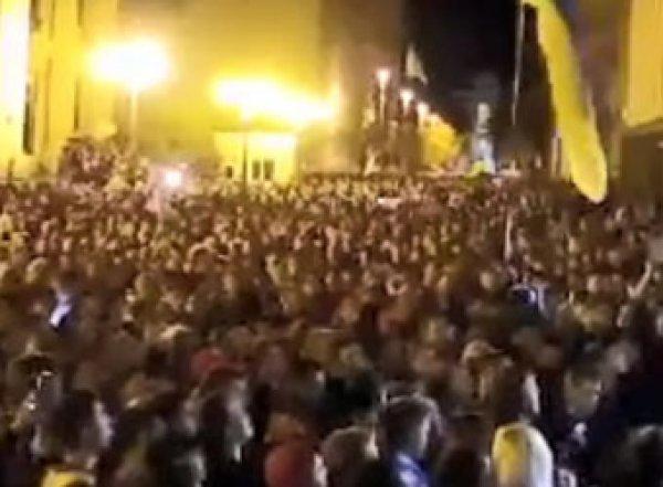 «Нет капитуляции»: Майдан выдвинул требования Зеленскому