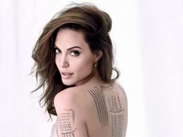 Анджелина Джоли полностью разделась ради обложки