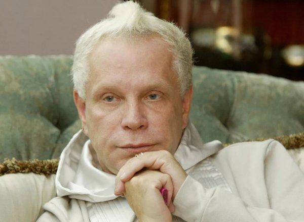 """При смерти"": СМИ сообщили о тяжелом состоянии Бориса Моисеева"