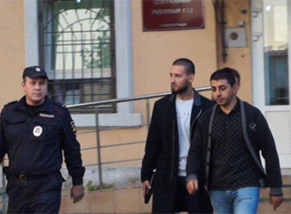 В Волгограде осуждены переодевшиеся в полицейских пранкеры (ВИДЕО)