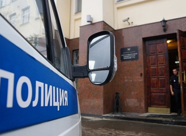 На Урале вооруженные грабители отняли у мужчины 30 млн рублей