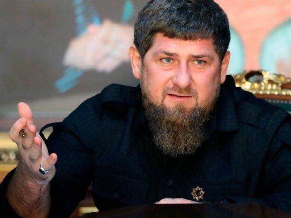"""Носители чеченского языка перевели скандальные слова Кадырова с призывом """"убивать"""" за оскорбления в Сети"""