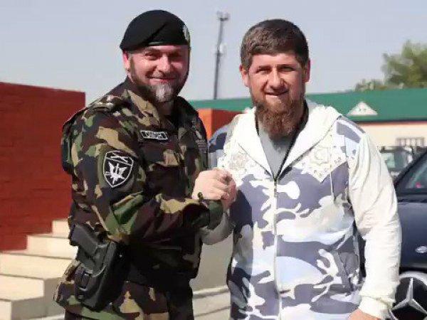 Глава чеченского отдела полиции рассказал в Сети о пользе запугивания пистолетом