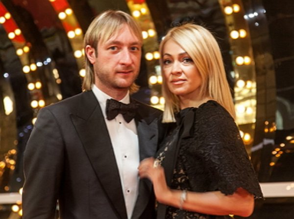 СМИ: Плющенко завел любовницу и живет на две семьи
