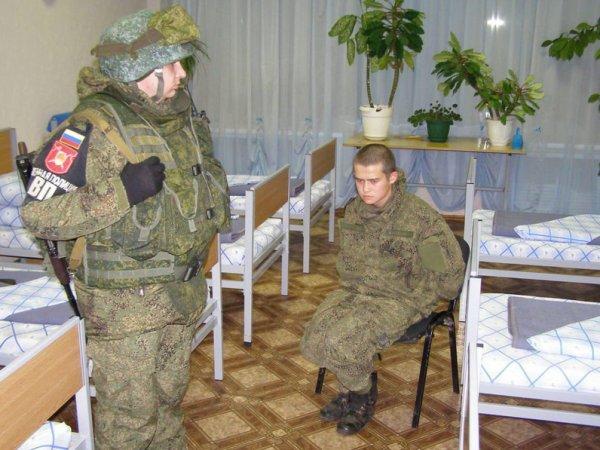 Расстрелявший сослуживцев Рамиль Шамсутдинов позвонил матери одного из пострадавших