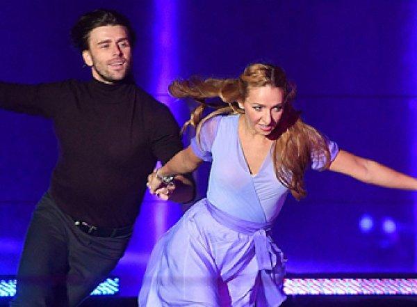 «Меня спас Чернышев»: Навка едва не разбилась на льду во время представления (ВИДЕО)