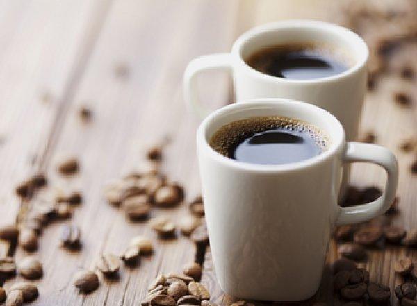 Ученые выяснили, что кофе, а не чай, продлевают жизнь