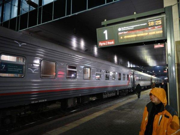 Опубликовано видео первого прохода поезда по Крымскому мосту
