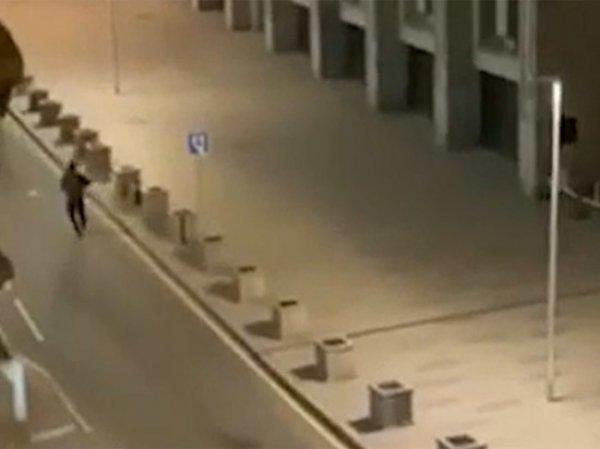 Один из раненых на Лубянке мог пострадать из-за действий силовиков – СМИ изучили видео перестрелки