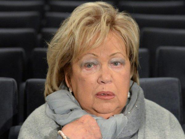 СМИ: госпитализированная в реанимацию Галина Волчек впала в кому