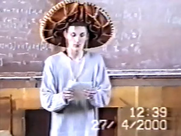 Первое выступление Павла Воли на сцене 19 лет назад появилось в Сети