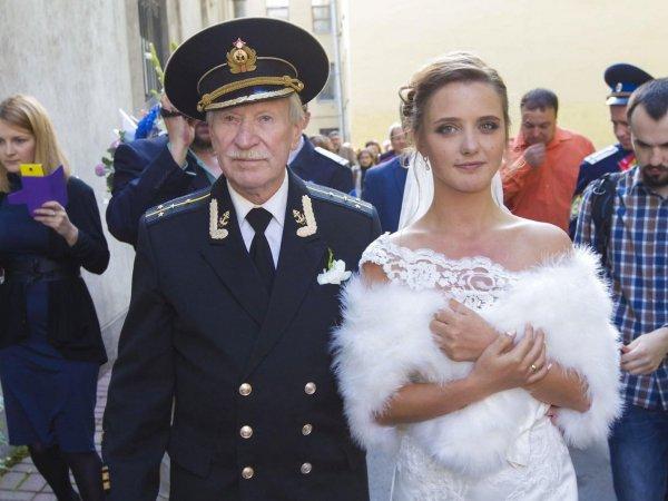 Бывшая жена 89-летнего Ивана Краско беременна от его предполагаемого внебрачного сына