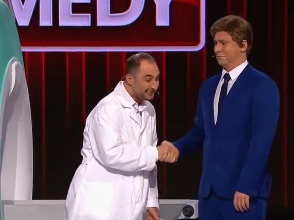 Номер Comedy Club про российскую медицину и чиновников стал хитом в Сети