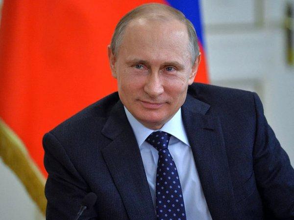 """""""Борьба с повышением уровня доходов граждан"""": СМИ заметили оговорку Путина (ВИДЕО)"""
