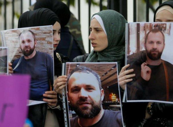 Германия высылает двух дипломатов по делу убийства чеченского боевика