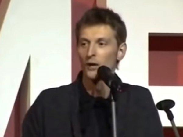 Первое выступление Павла Воли в Comedy Club 14-летней давности появилось в Сети