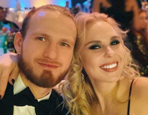 В Сети появилось фото разлучницы Пелагеи с мужем