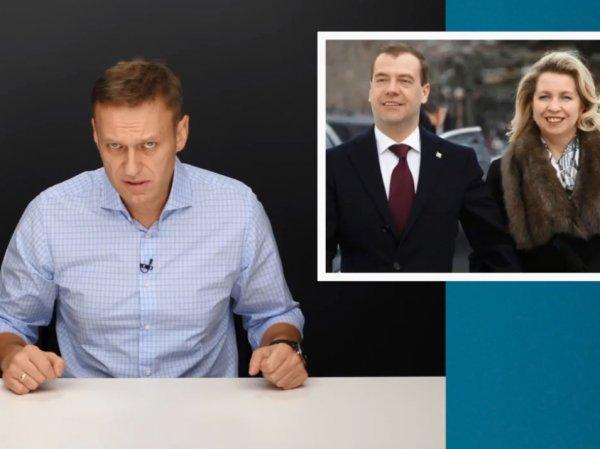 ФБК нашел у жены Медведева личный самолет за  млн