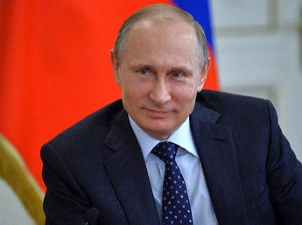 Путин пообещал не менять две первые главы Конституции