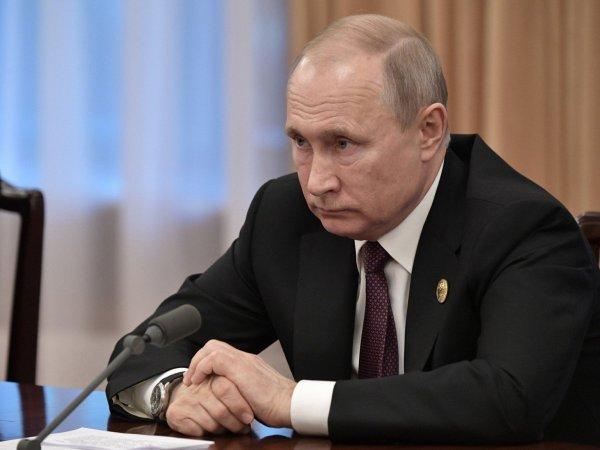 """""""Путь к нестабильности"""": Путин трижды обещал не менять Конституцию - СМИ"""