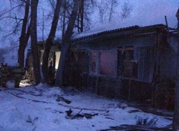 При пожаре в Томской области погибли 11 человек, в том числе иностранцы