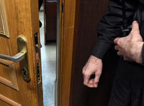 Больной раком экс-начальник УФСИН покончил с собой в зале суда