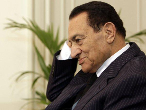 В Египте умер бывший президент Хосни Мубарак