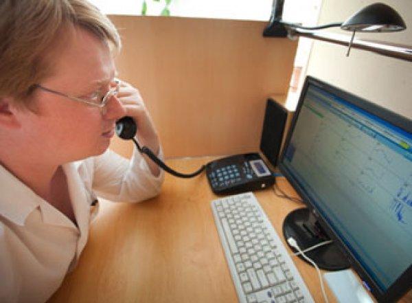 На Урале мать двухлетнего ребенка дозвонилась до скорой с 327-го раза