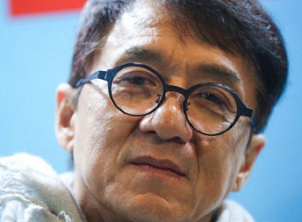Джеки Чан мог заболеть коронавирусом
