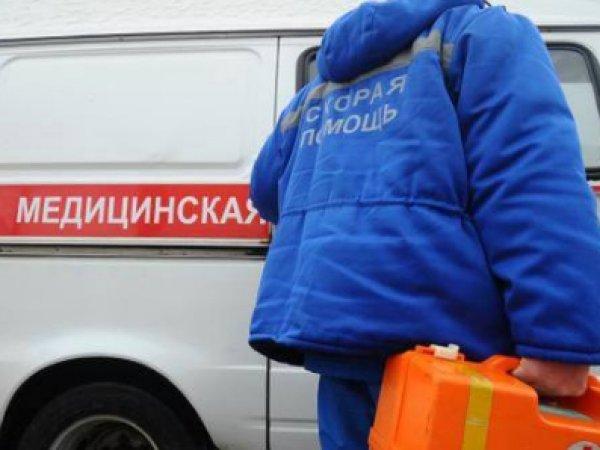 """СМИ: на Урале врачи """"скорой"""" выбросили пациента из машины в снег"""