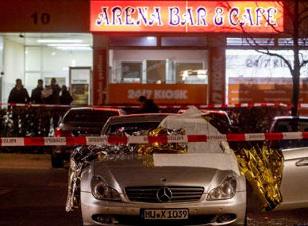 В Германии в кальянных неизвестный расстрелял 8 человек