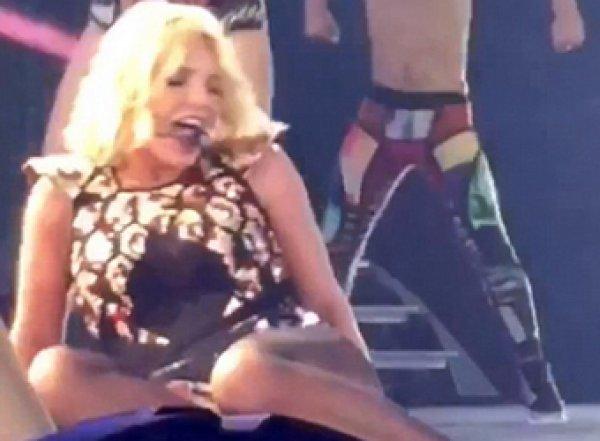 Ломающая ногу Бритни Спирс попала на видео