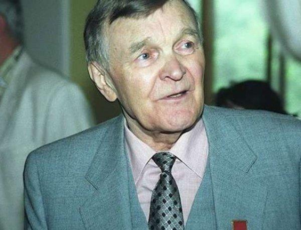 В Москве умер писатель Юрий Бондарев